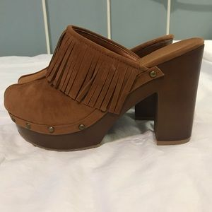 Bamboo Fringe Shoes